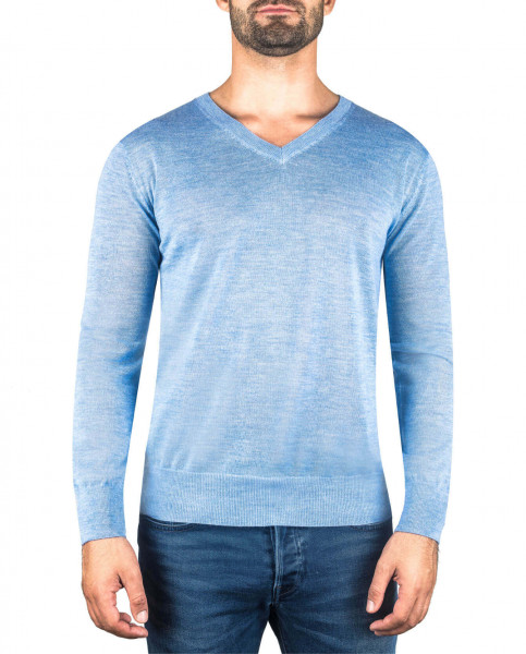 hellblauer kaschmir v ausschnitt herren pullover frontfoto